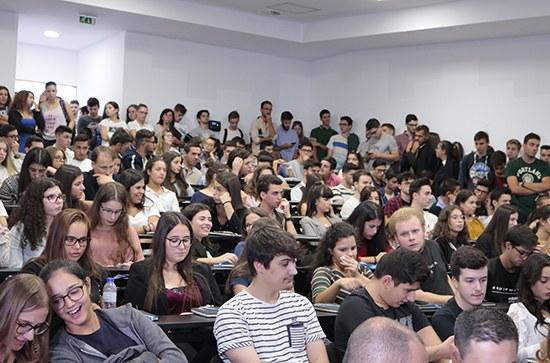 Sessão de Acolhimento aos Novos Estudantes